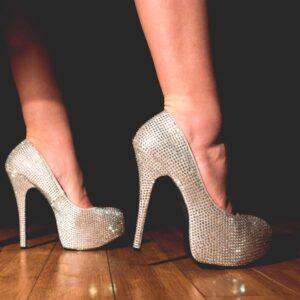Guide de conversion des pointures de chaussure pour sissy